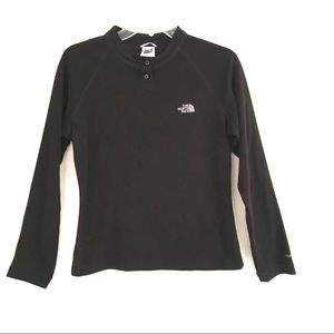 The North Face snap neck, pull over sweatshirt M